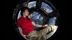 ESA astronaut Samantha Cristoforetti back on Earth Space Tv, News Space, Soyuz Spacecraft, Safe Journey, European Summer, Nasa Astronauts, Fiction Movies, Before Sunset, Samar