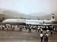 deHavilland Comet demo tour in Colombia (Medellín) in the 60's.