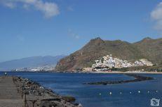 Discover Spain : Canary Islands, Tenerife best beaches Canary Islands, Tenerife, Cool Places To Visit, Trekking, Beaches, Spain, Europe, City, Water