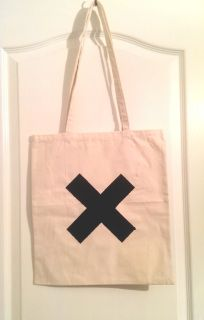Canvas bag with 'Cross' logo hand-painted on one side.  Please check our sizing guide page for more details.