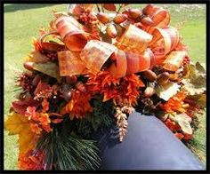 Wreaths: Put on mailbox. Decorative Door Wreaths, Luxury Christmas Wreaths - Luxury Fall Wreaths - Maplesville, AL Fall Mailbox Decor, Diy Mailbox, Mailbox Ideas, Mailbox Post, Autumn Wreaths, Holiday Wreaths, Deco Wreaths, Homemade Bows, Fall Swags