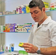 UQ Pharmacy student explains why he chose UQ School of Pharmacy.