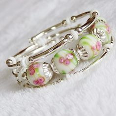 Memory Wire Bracelet made with white lampwork beads $35.00 @Assia Mora Mora