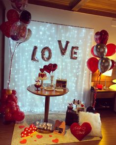 adorable diy valentine's day decor ideas that'll make your home look cute & romantic page 4 Anniversary Dinner, Anniversary Dates, Wedding Anniversary, Anniversary Decorations, Birthday Decorations, Table Decorations, Cute Date Ideas, Romantic Bedroom Decor, Romantic Surprise