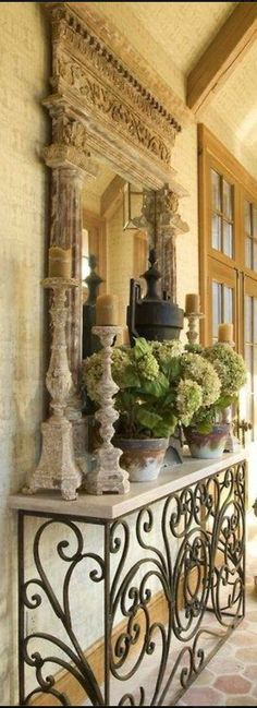 Love the table! Old World, Mediterranean, Italian, Spanish & Tuscan Homes & Decor Kitchen Decorating, Tuscan Decorating, Old World Decorating, Rustic Italian Decor, Rustic Decor, Italian Home Decor, Tuscany Decor, Casa Patio, Mediterranean Home Decor