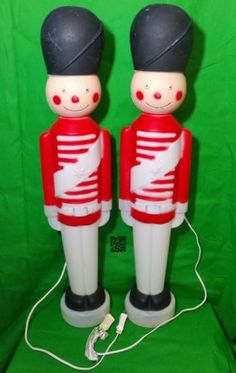 Vintage-TPI-Toy-Soldiers-Lighted-Red-White-Christmas-Decorations-Blowmold