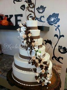 Wedding cake   Kriebels Custom Bakery