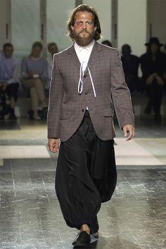 Yohji Yamamoto - Moda Uomo Primavera Estate 2013 - Vogue.it