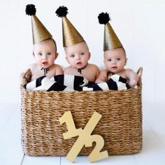 Wooden 1/2 Half sign photo prop for your baby's 6 month photos! Document your child's growth with these fun age number sign photo props! Take half birthday photos, first birthday photos, second birthd