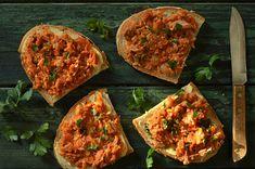 paprykarz domowy Vegetable Pizza, Avocado, Salads, Food And Drink, Snacks, Baking, Vegetables, Breakfast, Blog
