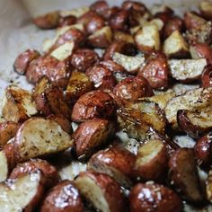 Slightly tangy, slightly sweet that's the only way to describe this delicious Balsamic Roasted Potatoes!