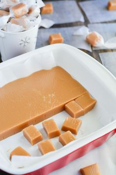 Soft, buttery, melt-in-your-mouth Homemade Christmas Caramels are the perfect holiday gift! Homemade Caramel Recipes, Homemade Candies, Homemade Caramels, Candy Recipes, Holiday Recipes, Dessert Recipes, Think Food, Christmas Baking, Homemade Christmas Candy