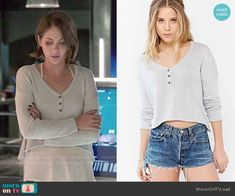 Thea's cropped henley top on Arrow.  Outfit Details: http://wornontv.net/53609/ #Arrow