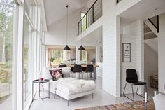 Summer house in Sysmä, Finland. Beautiful white surfaces and large windows. Modern Cabin Interior, Modern Lake House, Modern Barn, Villa, Cottage Design, Small House Plans, Scandinavian Home, Glass House, Construction