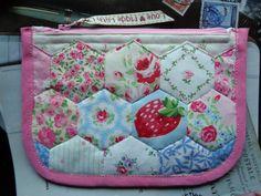 Hexagon Patchwork Zip Purse Dummy Pouch incl Cath Kidston Laura Ashley fabric