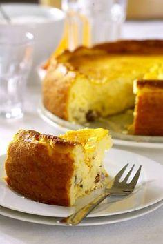 Sernik (Polish baked cheesecake)  Sernik..serniczek... pastel del queso.. una de las miles de las posibles versiones de este pastel en Polonia