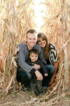 fall picture ideas for families | Ideas for family photos. Fall 2013