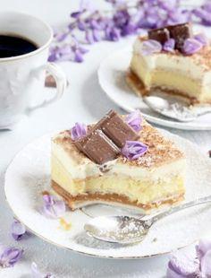 CIASTO SZPINAKOWE Z MUSEM MANGO I BRZOSKWINIAMI Polish Desserts, Dessert Drinks, Sweet Desserts, Tiramisu, Ale, Food And Drink, Tasty, Sweets, Cookies