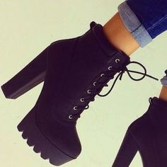 High Heel Boots For Fall boots high heels black boots winter boots heel boots black black heels black shoes shoes classy Super High Heels, High Shoes, High Heel Sneakers, Flat Shoes, Sneakers Nike, Black Heel Boots, Shoe Boots, Black Heels, Women's Boots