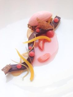 Fudge, rhubarb, fennel, condensed milk - benjamin donath - The ChefsTalk Project