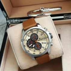 Open the Box of Happiness with Daniel Klein – Gift a Daniel Klein to your loved One! Trendy Watches, Watches For Men, Daniel Klein, Chronograph, Rolex Watches, Happiness, Shades, Stylish, Box