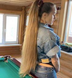 Long Hair Ponytail, Bun Hairstyles For Long Hair, Long Hair Play, Very Long Hair, Playing With Hair, Beautiful Long Hair, Pool Table, Great Videos, Her Smile