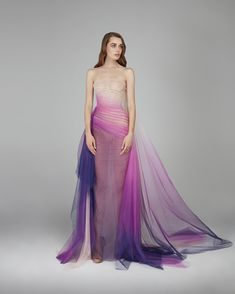 #CosmicDreams #exquisite #homage #wonders #nature #gown #stunning #cosmic #marvels #milkyway #ombré #tulle #strapless #silhouette #pleated #curves #gathered #allure #peach #fuchsia #navy-blue #structured #boned #corset #flatter #allure #sparkling #crystals #shine #showstopper #glamorous #fashion #design #autumnwinter #2018 #eveningwear #hamdaalfahim