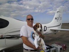 L'uomo che con il suo aereo salva gli animali