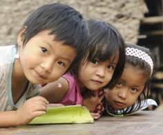 Children in Mae La Camp. The vast majority of refugees in Thailand are from Burma, and are treated differently from other refugees. They are allowed to stay in the camps run by the Thai government. (©UNHCR/R. Arnold.)
