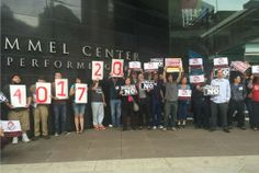 'Just Say No to Mega-Mergers!' 400,000 Signatures Delivered as Comcast Shareholders Meet | Common Dreams