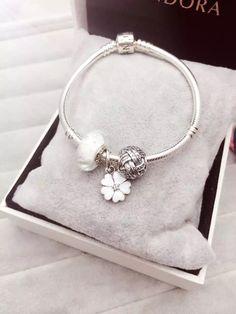50% OFF!!! $119 Pandora Charm Bracelet White Flower. Hot Sale!!! SKU: CB01613 - PANDORA Bracelet Ideas