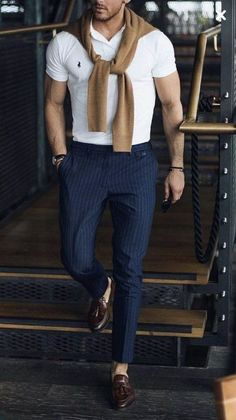 men's fashion suits for business wardrob mens style tips and fashion inspiration Polo Shirt Outfits, Adrette Outfits, Best Casual Outfits, Club Outfits, Classy Outfits, Work Outfits, Summer Outfits, Mens Fashion Suits, Mens Suits