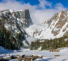 Through the mountain pass. Emerald Lake Trail Estes Park Colorado. [OC] [3800x4000] oldwoodenship http://ift.tt/2nm4WUz April 07 2017 at 10:20AMon reddit.com/r/ EarthPorn