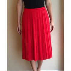 Banana Republic Skirts | Banana Republic Pleated Red Midi Skirt | Poshmark Pleated Midi Skirt, Banana Republic, Skirts, Red, Zipper, Things To Sell, Style, Products, Fashion