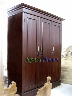 Bedroom Cupboard Designs, Bedroom Cupboards, Home Decor Furniture, Antique Furniture, Armoire, Office Table Design, Wooden Wardrobe, Wardrobe Storage, Modern Cabinets