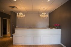 3 Leaf Wellness Centre, Edmonton Massage Therapy | GALLERY Front Desk