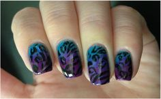 Animal print gradient in cool colos