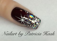 What you need to know about acrylic nails - My Nails Xmas Nails, New Year's Nails, Holiday Nails, Christmas Nails, Hair And Nails, Christmas Glitter, Christmas 2017, Fancy Nails, Pink Nails