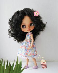 🏡😍🌸😘💙💗💚💜💮💞💝#Роми #блайз #куклаблайз #мулатка #одеждадляблайз #обувьдляблайз #кастомблайз #блайзомания #кукланазаказ #ручнаяработа #рукоделие #девочка #праздник #коллекционнаяигрушка #Romy #Romina #girl #blythe #blythedoll #customeblythe #customdoll #handmade #ooakblythedoll #blythephotography #instablythe #blytheinstagram #avlcustomdoll @olaaadanilova #clotheblythe #holiday #happy