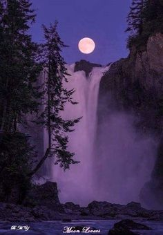 This could be one of your travels, as you travel around the world. Awesome view of a waterfall. Check out my site to see how you can uncover my secret cash Moon Pictures, Nature Pictures, Beautiful Moon, Beautiful World, Beautiful Waterfalls, Beautiful Landscapes, Moon Setting, Shoot The Moon, Moon Photography