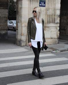"Pocket: 962 Likes, 12 Comments - D a m o y B y F l o r e n c e (@damoyantwerp) on Instagram: ""When this beauty walked trough the streets of Paris . . . Wearing a full @hironaeparis look ? shop…"""