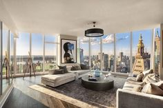 Luxury NYC apartment tour – how to decorate a luxury living – Home Decorating Trends – Homedit - Modern New York Apartment Luxury, New York Penthouse, Apartment View, New York Apartments, Luxury Penthouse, Manhattan Apartment, Dream Apartment, Apartment Interior, Apartment Ideas