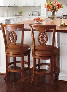 This Carved Grapes Swivel Bar Stool will fit in beautifully with your kitchen or bar decor.