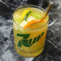 7UP Clubhouse Sangria Sangria Drink, Wine Cocktails, Cocktail Drinks, Pool Drinks, Party Drinks, Summer Drinks, Sangria Recipes, Drink Recipes, Party Recipes