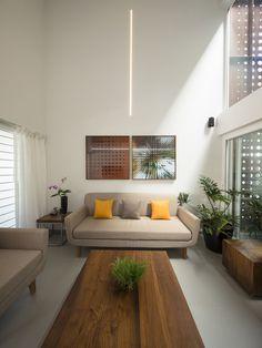 Galería de Muro Respiratorio / LIJO.RENY Architects - 17
