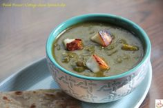 Palak paneer is one of the go to comfort dish for paneer lovers. Spinach Cheese Dip, Cottage Cheese, Garam Masala, Palak Paneer, Cheeseburger Chowder, Dips, Oatmeal, Lovers, Cooking
