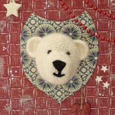 Explications de l'ours blanc au crochet monté en écusson. - Marie Claire Idées