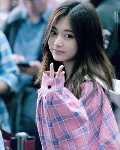 Twice - Tzuyu Korean Boys Ulzzang, Ulzzang Girl, Korean Girl, Cute Japanese, Japanese Girl, Cute Asian Girls, Cute Girls, Korean Beauty, Asian Beauty