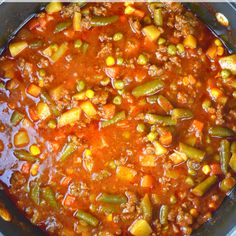 Whats your Halloween game-plan? Im mKing a big pot of Ground Beef Vegetable Soup to warm us up before we head out. Vegetable Soup Recipe With V8, Homemade Vegetable Beef Soup, Hamburger Vegetable Soup, Vegetable Soup With Chicken, Veggie Soup, Homemade Soup, Healthy Low Calorie Dinner, Healthy Meals, Simple