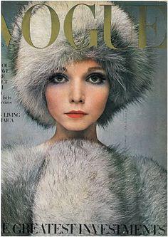 Après-Ski - UK Vogue October 1968 Model: Penelope Tree http://www.resee.fr/inspiration-apres-ski.html